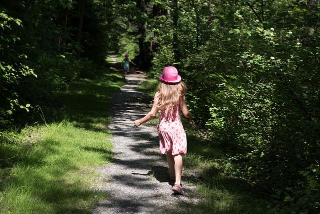 Kivinokan luontopolulla lasten kanssa